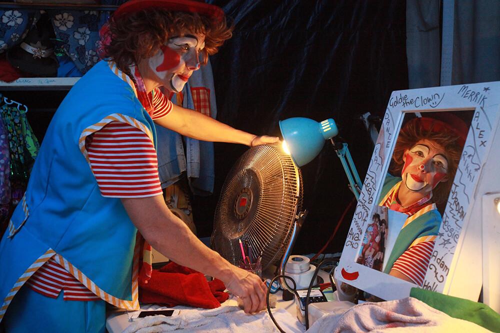 Goldie gets ready for final shows. Photograph — Matt Devlin.