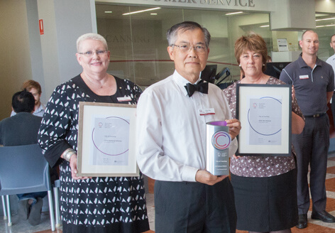 Canning chief executive Lyn Russell with mayor Paul Ng and staff. Photograph – Matt Devlin.